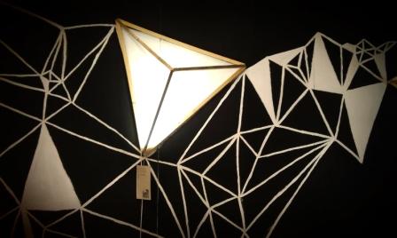 Lampada piramide 01